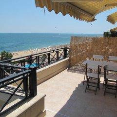 Отель Sea Apartments - Different Locations in Golden Sands Болгария, Золотые пески - отзывы, цены и фото номеров - забронировать отель Sea Apartments - Different Locations in Golden Sands онлайн балкон