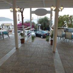 Cakil Pansiyon Турция, Каш - отзывы, цены и фото номеров - забронировать отель Cakil Pansiyon онлайн парковка