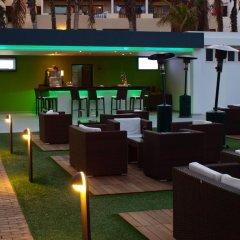 Отель R2 Romantic Fantasia Suites Испания, Тарахалехо - отзывы, цены и фото номеров - забронировать отель R2 Romantic Fantasia Suites онлайн гостиничный бар