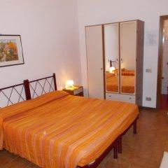 Отель Pensione Delfino Azzurro 2* Стандартный номер фото 2