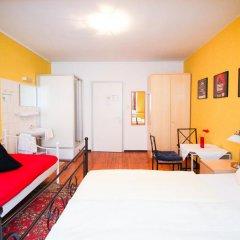 Отель Pension/Guesthouse am Hauptbahnhof Стандартный номер с двуспальной кроватью (общая ванная комната) фото 18