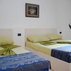 Hotel Kapri сейф в номере