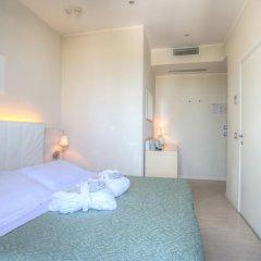 Ferretti Beach Hotel 4* Стандартный номер двуспальная кровать фото 4