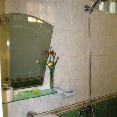 Отель Ms. Yang Homestay Стандартный семейный номер с двуспальной кроватью фото 7