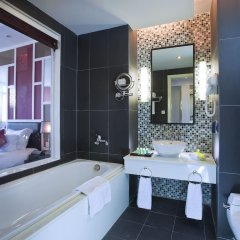 Royal Lotus Hotel Halong 4* Номер Делюкс с различными типами кроватей фото 8