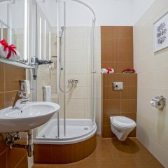 Отель Rezydencja Sienkiewiczówka ванная фото 2