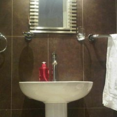 Old Friend Hotel ванная фото 2