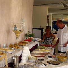 Отель Sunny Болгария, Созополь - отзывы, цены и фото номеров - забронировать отель Sunny онлайн питание фото 3