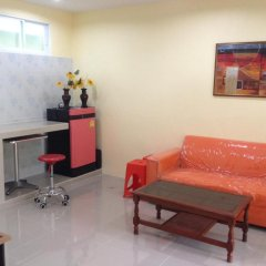 Отель Kathu Waterfall Bungalow комната для гостей фото 5