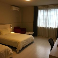 Отель Jinjiang Inn Qingyuan Shifu 2* Стандартный номер с двуспальной кроватью