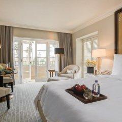 Отель Four Seasons Los Angeles at Beverly Hills 5* Улучшенный номер с различными типами кроватей фото 4