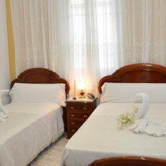Отель Hostal Reconquista Испания, Мадрид - отзывы, цены и фото номеров - забронировать отель Hostal Reconquista онлайн комната для гостей фото 4