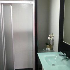 Отель Hostal Rober Стандартный номер с различными типами кроватей фото 12