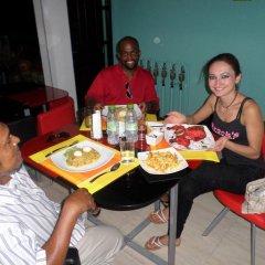 Отель Beach Sunrise Inn Мальдивы, Северный атолл Мале - отзывы, цены и фото номеров - забронировать отель Beach Sunrise Inn онлайн питание