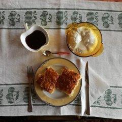 Отель Guest House Anna - Zornica Чепеларе питание