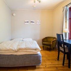 Отель Nesset Fjordcamping Номер с общей ванной комнатой с различными типами кроватей (общая ванная комната) фото 8