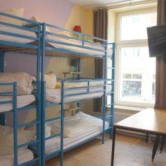 Buch-Ein-Bett Hostel Стандартный номер с двуспальной кроватью фото 6