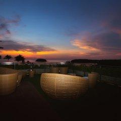 Отель Sugar Palm Grand Hillside 4* Номер Делюкс двуспальная кровать фото 16