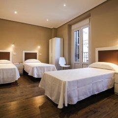 Отель Felipe VI Испания, Мадрид - отзывы, цены и фото номеров - забронировать отель Felipe VI онлайн комната для гостей фото 3