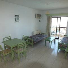 Livas Hotel Apartments комната для гостей