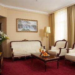 Гостиница Мандарин Москва 4* Номер Делюкс с двуспальной кроватью фото 13