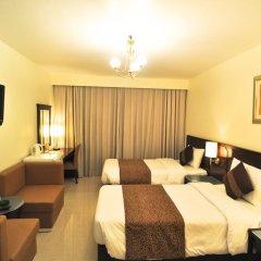 Phoenicia Hotel 2* Стандартный номер с двуспальной кроватью фото 3