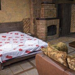2x2 Cinema-Bar Hotel & Tours Семейный люкс с двуспальной кроватью фото 7