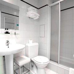 Отель Montparnasse Daguerre Франция, Париж - отзывы, цены и фото номеров - забронировать отель Montparnasse Daguerre онлайн ванная фото 2