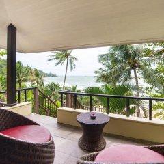 Отель Andaman White Beach Resort 4* Улучшенный номер с двуспальной кроватью