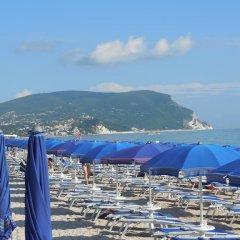 Отель Villaggio Conero Azzurro Италия, Нумана - отзывы, цены и фото номеров - забронировать отель Villaggio Conero Azzurro онлайн пляж