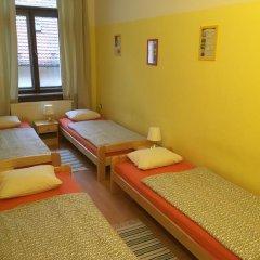 Hostel EMMA Стандартный номер с различными типами кроватей фото 3
