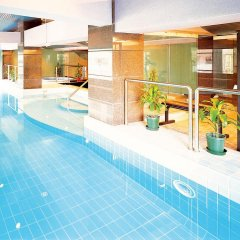 Metropark Hotel Macau бассейн