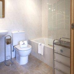 Отель Harresi - Basque Stay Испания, Фуэнтеррабиа - отзывы, цены и фото номеров - забронировать отель Harresi - Basque Stay онлайн ванная фото 2