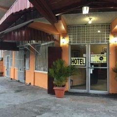 Отель Guest House Inn Гондурас, Сан-Педро-Сула - отзывы, цены и фото номеров - забронировать отель Guest House Inn онлайн парковка
