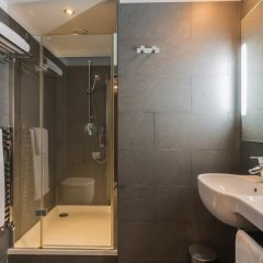 Отель Ayre Gran Via Испания, Барселона - 4 отзыва об отеле, цены и фото номеров - забронировать отель Ayre Gran Via онлайн ванная
