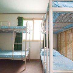 Kimchee Downtown Guesthouse - Hostel Кровать в общем номере с двухъярусной кроватью фото 3
