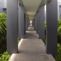 Отель Villa Amiria by TropicLook: Onyx Style Nai Harn Beach интерьер отеля