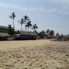 Отель King Fish Guest House пляж