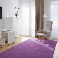 Отель NH Collection Madrid Eurobuilding 4* Стандартный номер с различными типами кроватей фото 4