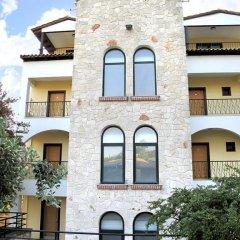Lesse Hotel вид на фасад фото 2