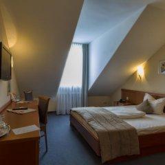 Hotel Blutenburg 2* Стандартный номер с различными типами кроватей фото 8