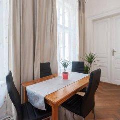 Апартаменты Franz Kafka Apartment в номере фото 2