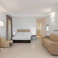 Отель Le Bifore Charming House Лечче комната для гостей фото 4