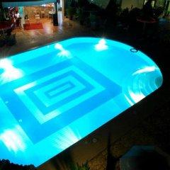 Juanita Hotel бассейн