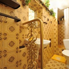 Отель Pension Amadeus 3* Стандартный семейный номер с двуспальной кроватью фото 3
