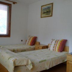 Отель Guest House Chinara комната для гостей фото 2