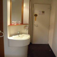 Отель Quick Palace Auxerre Стандартный номер с различными типами кроватей