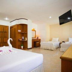 Отель Baan Paradise 2* Стандартный семейный номер с двуспальной кроватью фото 8