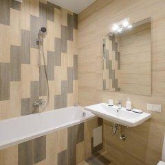 Гостиница Partner Guest House Klovskyi 3* Улучшенные апартаменты с различными типами кроватей фото 8