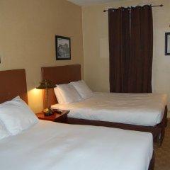 District Hotel 2* Стандартный номер с 2 отдельными кроватями